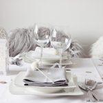 Zimowo-świąteczna aranżacja stołu